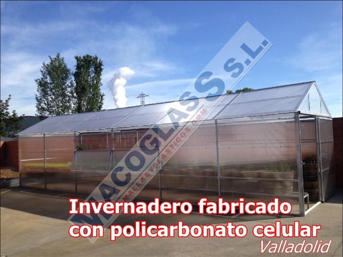 Invernadero fabricado con policarbonato celular (Valladolid)